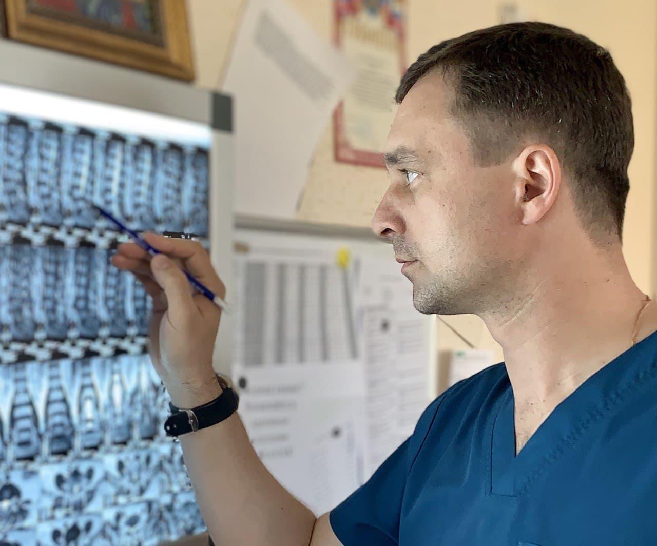 врач нейрохирург Шатохин А А